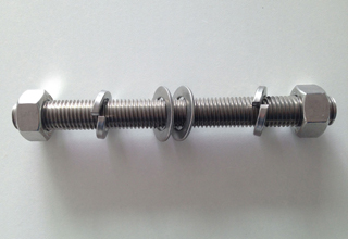 China ASTM A193 Grade B8 Stud Bolt With Nuts and Washers, M13X103mm
