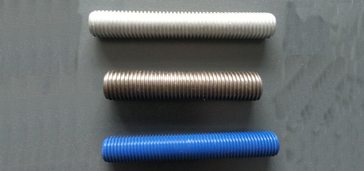 ASTM A193 B7 Stud bolts with ASTM A194 2H heavy hex nuts
